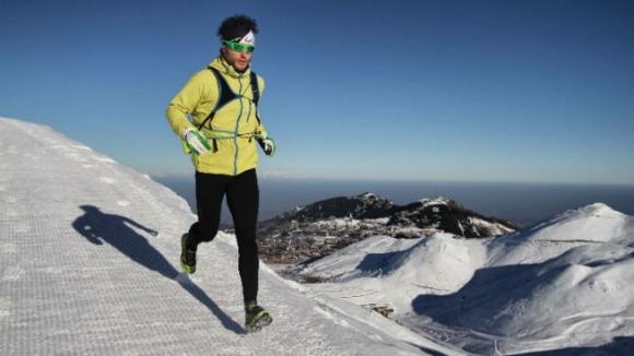 Una delle passioni di Nico è la corsa sulla neve. Odia le ciaspole, infatti non le usa.